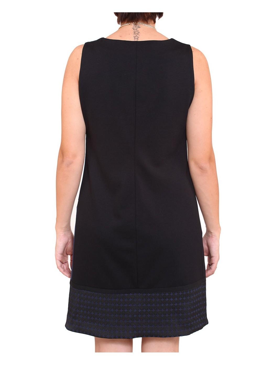 cheap for discount 0242f 0a2fe Vendita online abito trapezio blu e nero Shape