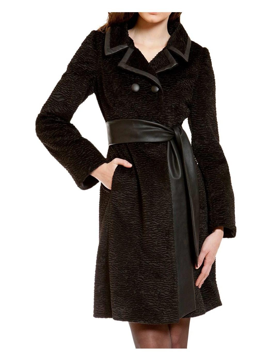 Sonia Peña coat