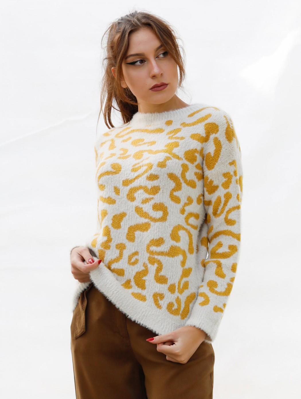 Paz Torras white and yellow...