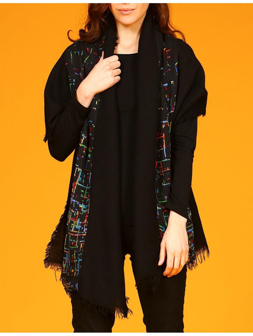 Stola nera in lana Aventures des toiles 947394