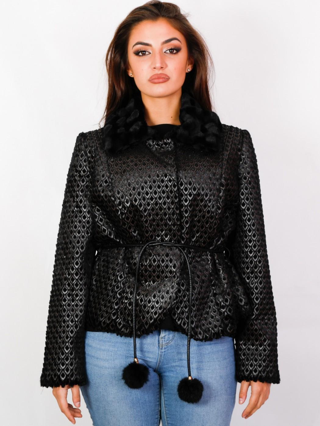 Cappotto di pelliccia nera...