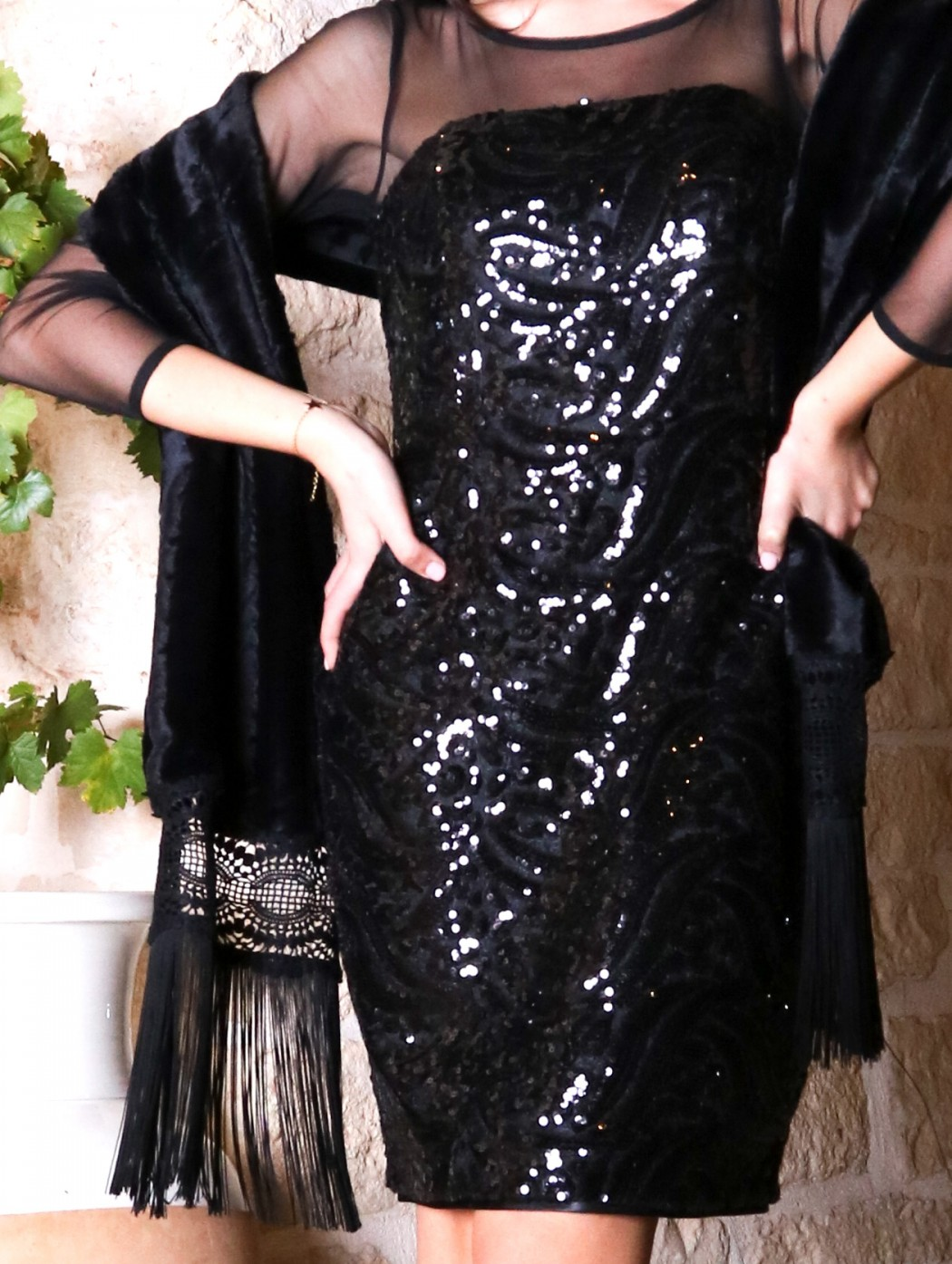 Black fur scarf with big...