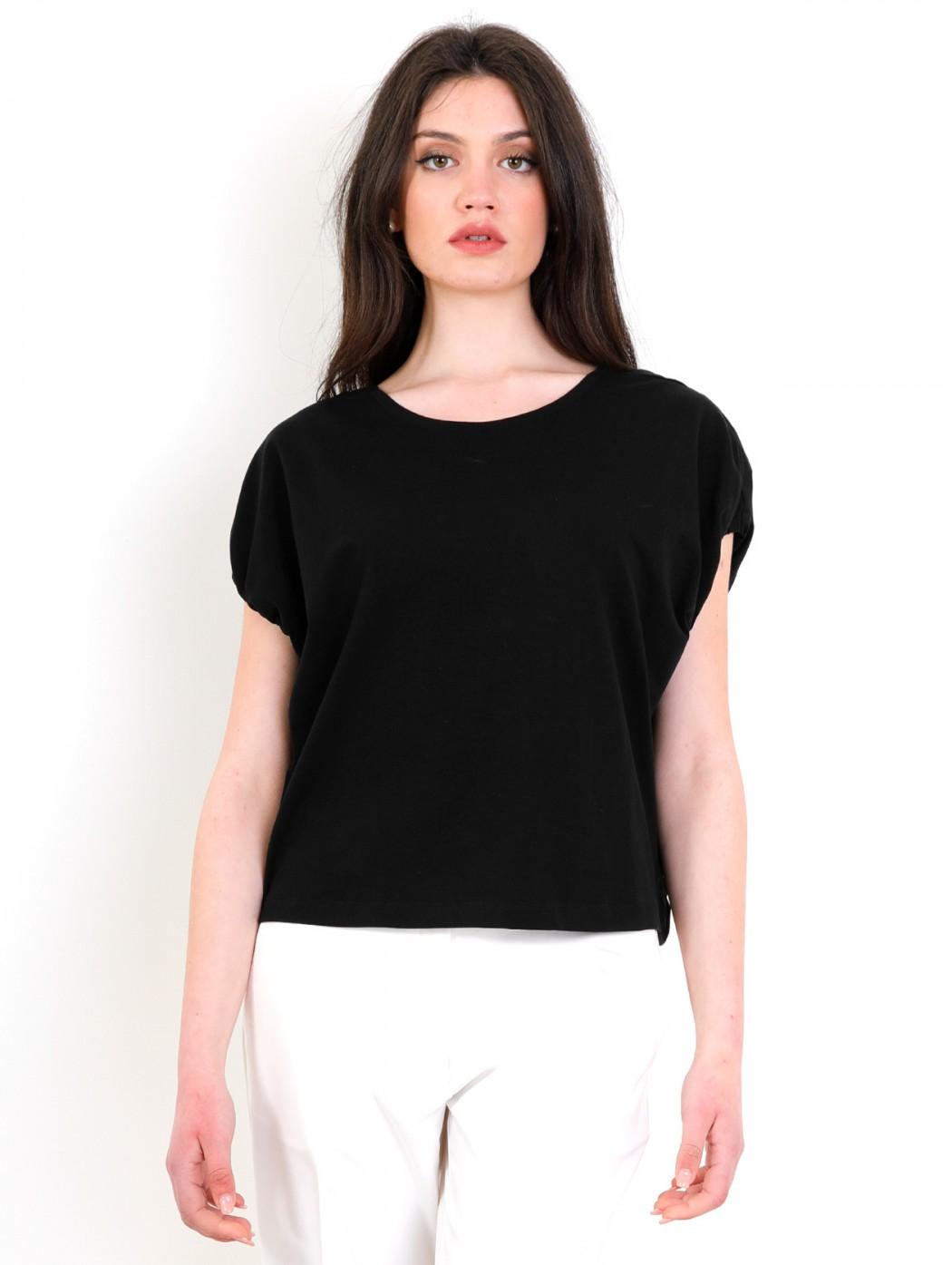 T-shirt nera maglietta di...